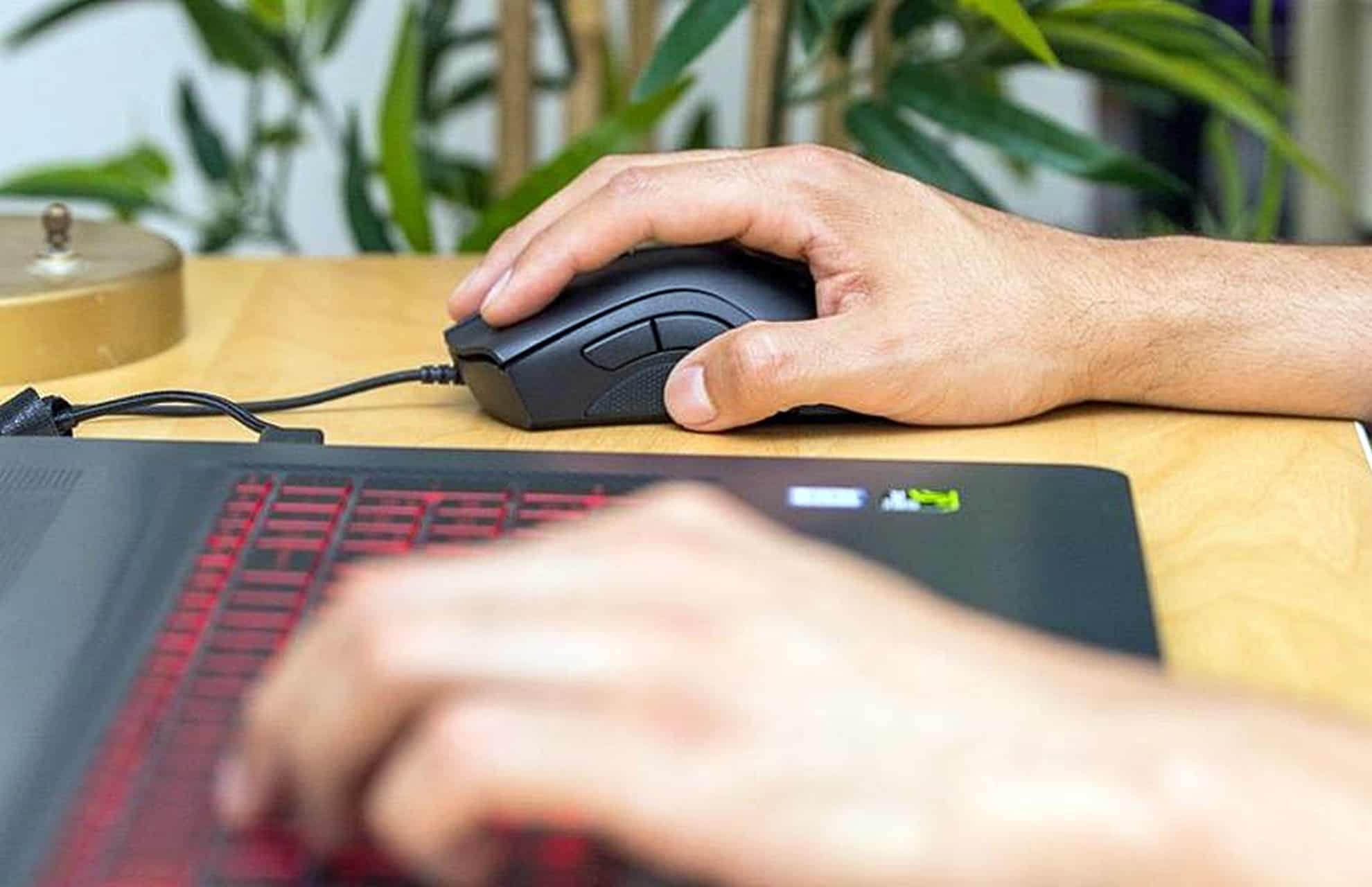 5 Best FPS Mouse in 2019